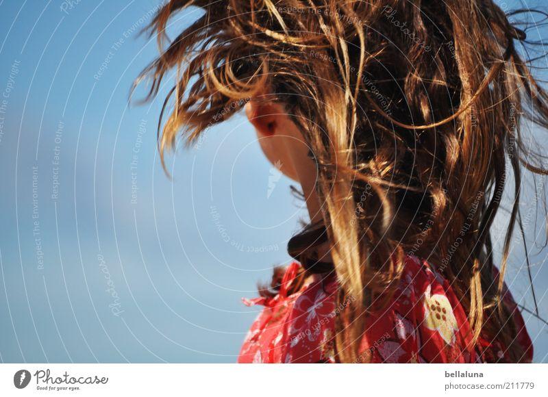 Windspiel Mensch Kind Natur Mädchen Ferien & Urlaub & Reisen Sommer Freude ruhig Erholung feminin Leben Kopf Haare & Frisuren Kindheit Wind Ohr