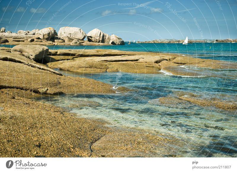 sailing Sommerurlaub Strand Meer Insel Himmel Wolken Schönes Wetter Felsen Küste Bucht Sportboot Segelboot Wasserfahrzeug Stein blau grün Abenteuer bizarr