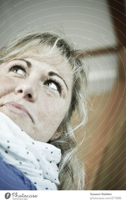 Wo fängt Dein Himmel an? Mensch Jugendliche Gesicht feminin lachen Kopf blond Erwachsene Punkt Lebensfreude natürlich Warmherzigkeit Freundlichkeit Porträt
