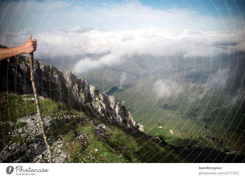 Am Dach der ... Natur Himmel Wolken Ferne Erholung Berge u. Gebirge Landschaft Arme wandern Felsen Aussicht Alpen Unendlichkeit Gipfel Tal