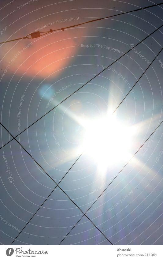 Hitze Himmel Sonne Sommer Wärme Linie hell Wetter Kabel Klima heiß Sonnenenergie Schönes Wetter Klimawandel Beleuchtung Energiewirtschaft Erneuerbare Energie