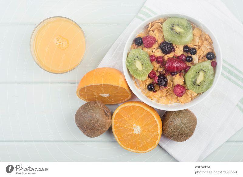 gesundes Frühstück Gesunde Ernährung Essen Leben Lifestyle Gesundheit Gesundheitswesen Lebensmittel Frucht frisch Orange Getränk Wellness trinken Übergewicht