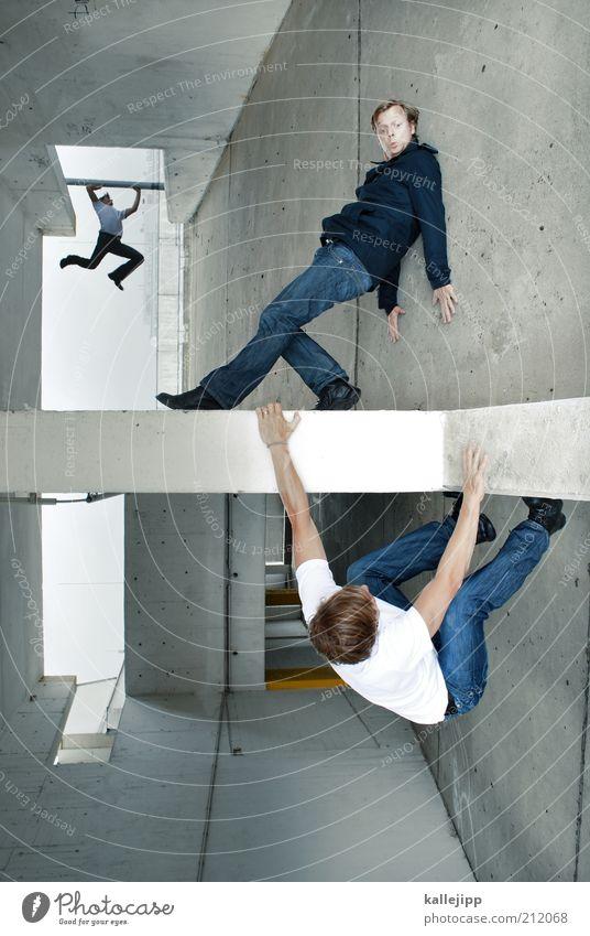 alptraumstadt Mensch Mann Erwachsene Leben Wand Mauer träumen Angst Fassade maskulin gefährlich außergewöhnlich Baustelle 18-30 Jahre Klettern Todesangst