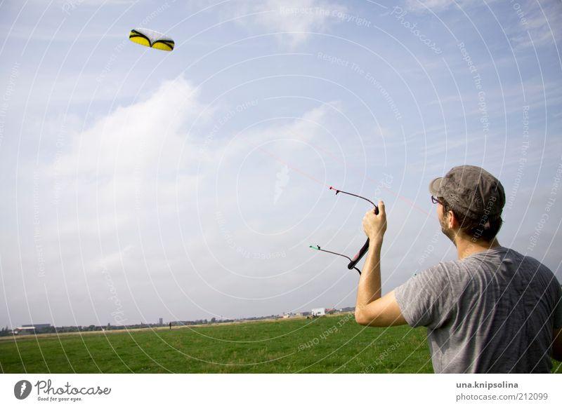 wind Freizeit & Hobby Spielen Kiting Kiter Drachenfliegen Hängegleiter Sport maskulin Junger Mann Jugendliche Erwachsene 1 Mensch 18-30 Jahre T-Shirt Mütze