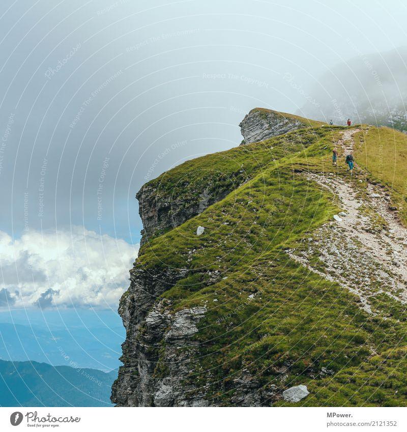 auf dem mangart Freude Freizeit & Hobby Ferien & Urlaub & Reisen Tourismus Ausflug Abenteuer Ferne Freiheit Sommerurlaub Berge u. Gebirge wandern Mensch Eltern
