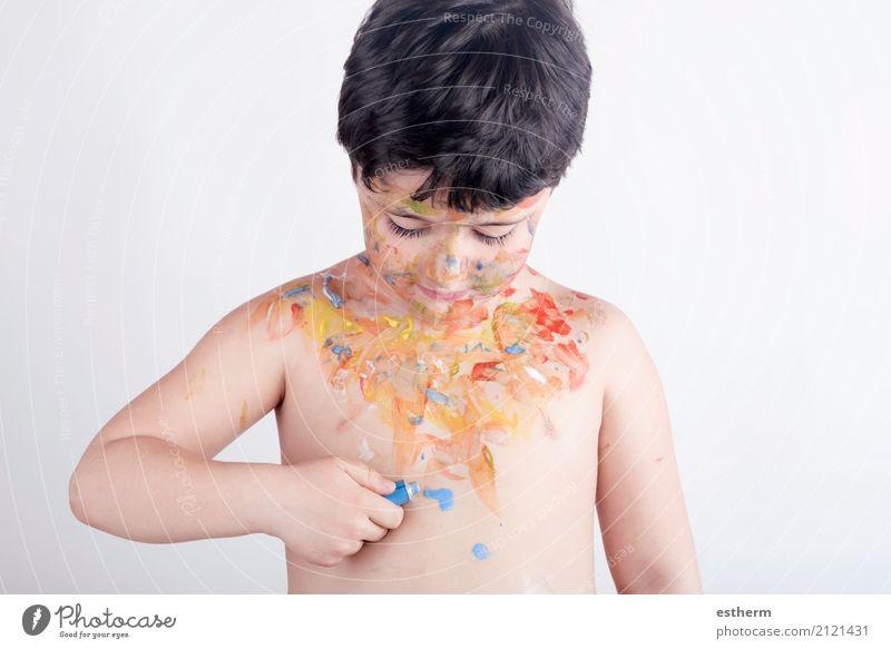 Kind mit gemaltem Körper Lifestyle Spielen Kinderspiel Mensch maskulin Kleinkind Junge Kindheit 1 3-8 Jahre Kunst Künstler Maler Gemälde genießen Lächeln