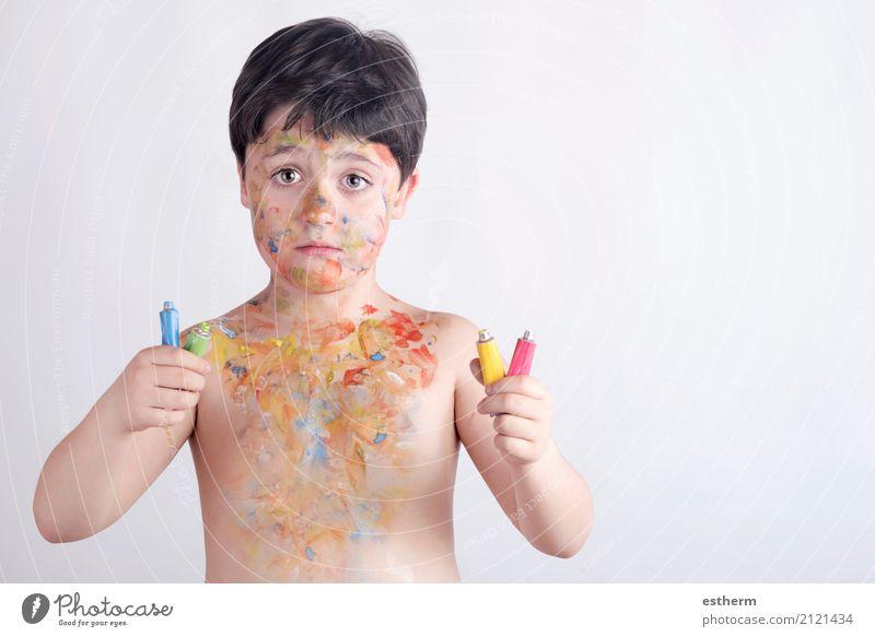 Mensch Kind blau Farbe grün gelb Lifestyle Gefühle Junge Spielen Party maskulin dreckig Kindheit Fröhlichkeit Abenteuer