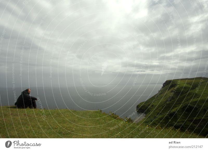 Da würde ich jetzt gerne wieder sein... Mensch Mann Meer Wolken Einsamkeit Erwachsene Erholung Wiese Landschaft Gras Küste Denken träumen Stimmung Horizont