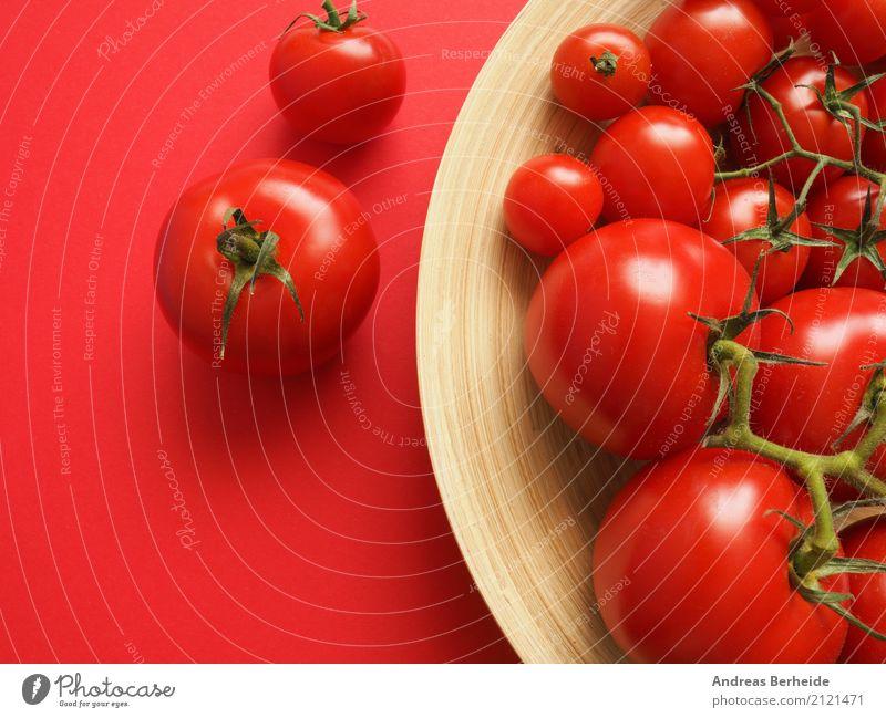 Verschiedene Tomaten Gemüse Ernährung Bioprodukte Vegetarische Ernährung lecker Gesundheit tomato food fresh red healthy freshness ingredient vegetarian