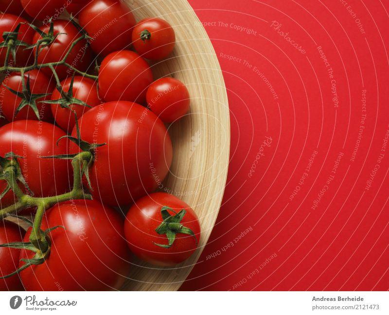 Rote Tomaten Sommer Gesunde Ernährung lecker Gemüse Bioprodukte reif Vegetarische Ernährung Diät vitaminreich Rohkost Strauchtomate Cocktailtomate