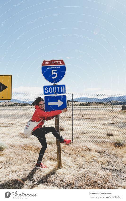 Roadtrip West Coast USA (263) feminin Junge Frau Jugendliche Erwachsene 1 Mensch 18-30 Jahre 30-45 Jahre Abenteuer Süden Kalifornien Interstate Wind stürmig
