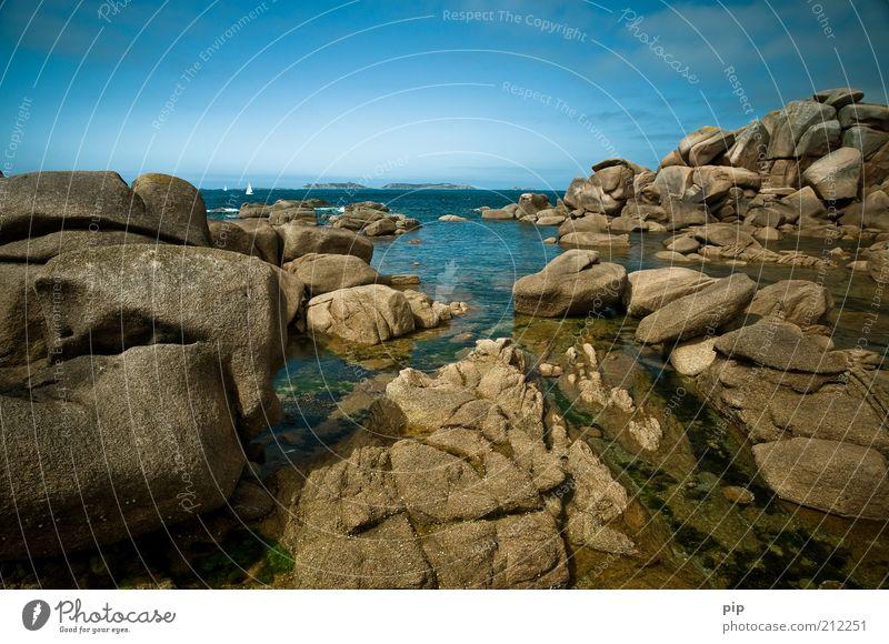seegeln Natur Wasser Himmel Meer blau Ferien & Urlaub & Reisen Ferne Stein braun Küste nass Horizont Felsen natürlich Bucht