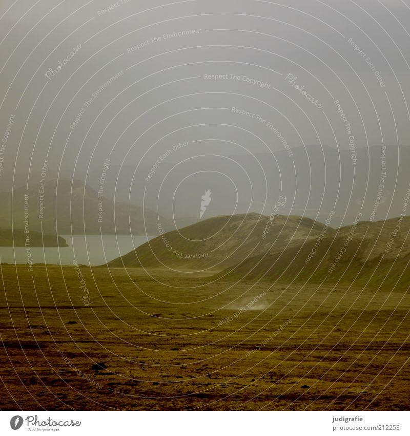 Island Umwelt Natur Landschaft Urelemente Erde Wasser Himmel Klima Nebel Hügel Felsen Berge u. Gebirge See außergewöhnlich dunkel natürlich Stimmung Farbfoto