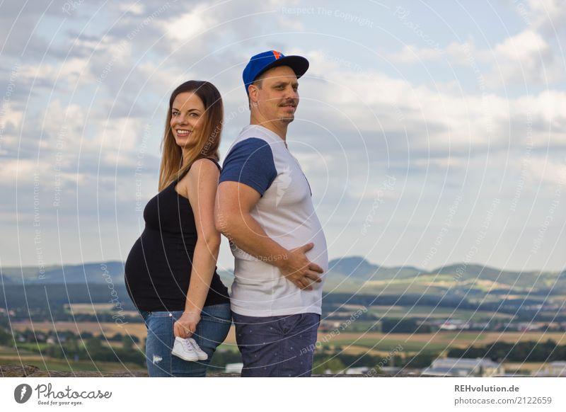Pärchen im Profil Mensch Himmel Natur Jugendliche Junge Frau Sommer Junger Mann Landschaft Wolken Freude 18-30 Jahre Erwachsene Umwelt Liebe lustig feminin