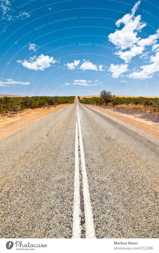 Straße Leben Ferien & Urlaub & Reisen Sommer Natur Landschaft Sand Himmel Wind Wüste Verkehr Verkehrswege Straßenverkehr Autofahren Autobahn Australien Teer