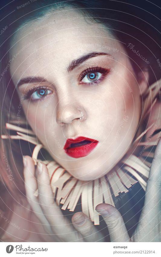 Portrait Frau Fantasie Jugendliche Junge Frau schön Erotik Gesicht Erwachsene Auge Gefühle feminin Stil außergewöhnlich Design modern elegant fantastisch