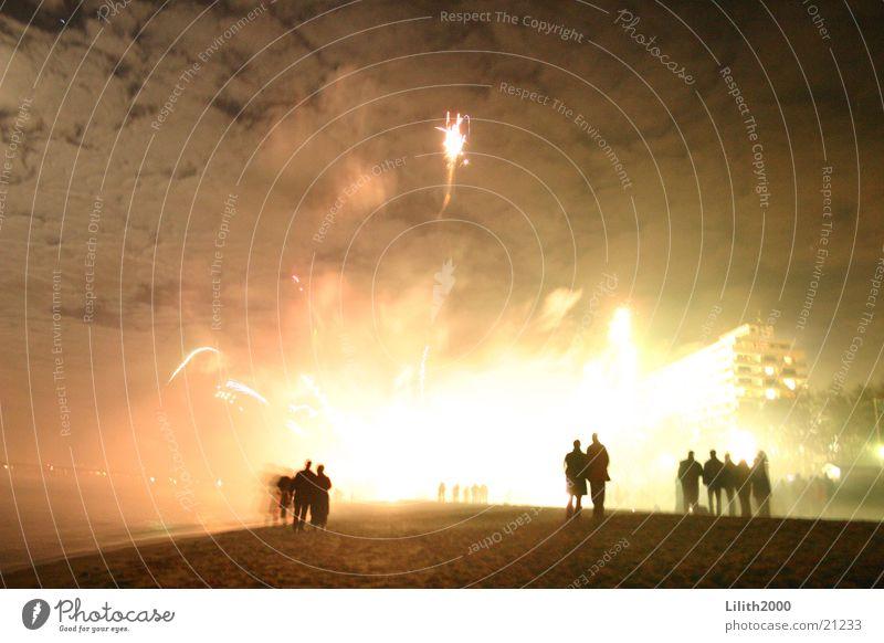 Sky in Flames Strand Licht Feuerwerk Wolken Freizeit & Hobby Expolosion Himmel hell