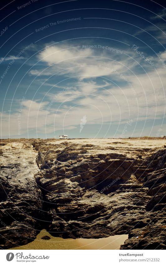 Republica Portuguesa I Natur Landschaft Erde Sand Luft Wasser Himmel Sommer Schönes Wetter Wärme Felsen Schlucht Küste Strand Meer blau braun gelb weiß Freiheit