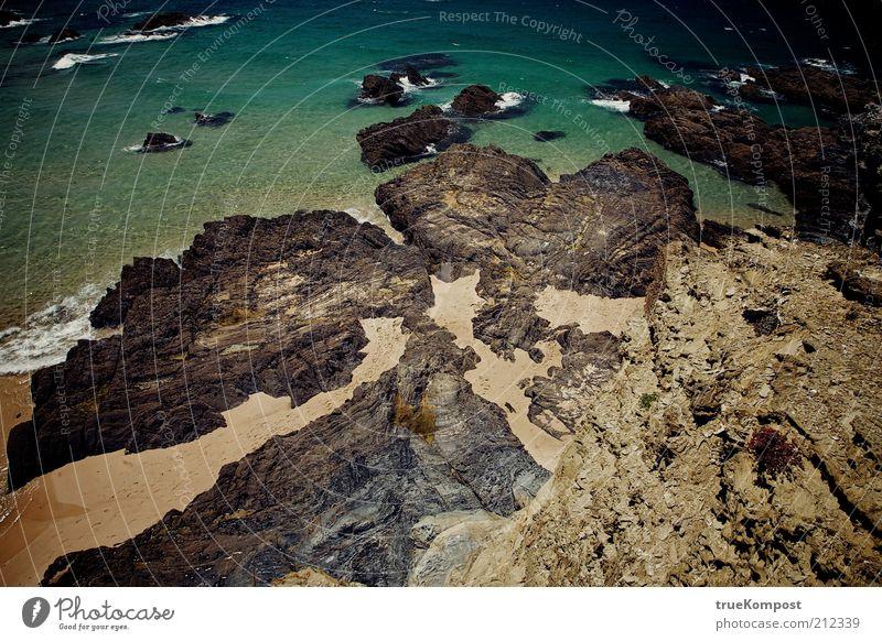 Republica Portugesa IV Umwelt Natur Landschaft Erde Sand Wasser Sonnenlicht Sommer Wärme Felsen Wellen Küste Strand Bucht Meer fantastisch schön blau braun gelb