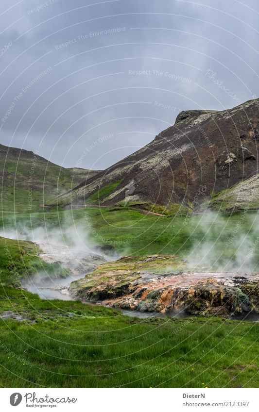 Heiße Quellen Umwelt Natur Landschaft Urelemente Wasser Himmel Wolken Sommer Klima Wetter schlechtes Wetter Wiese Felsen Berge u. Gebirge Bach blau braun grün