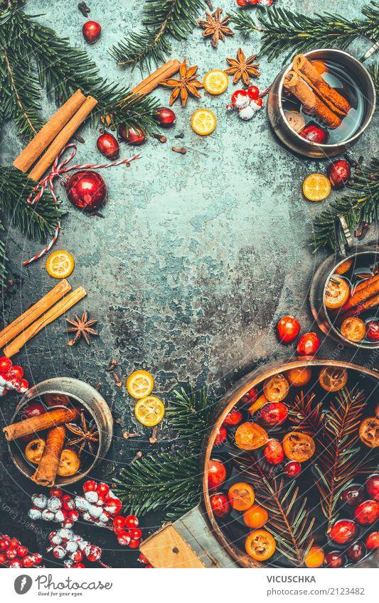 Weihnachten und Glühwein Kräuter & Gewürze Festessen Getränk Heißgetränk Alkohol Geschirr Topf Tasse Stil Design Freude Winter Häusliches Leben Party Restaurant