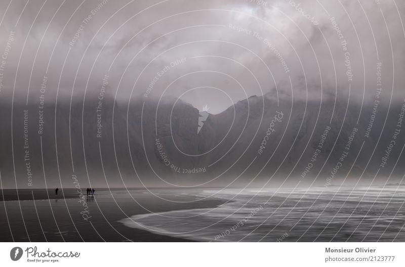 Stokksnes Lavastrand und Vestrahorn, Island Umwelt Natur Landschaft Wolken Wetter schlechtes Wetter Unwetter Wind Berge u. Gebirge Wellen Küste Strand