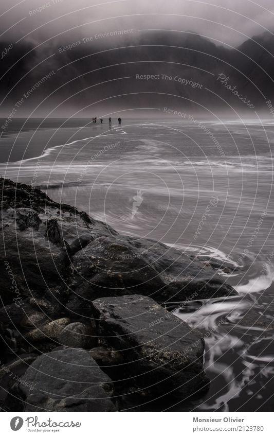 Stokksnes Lavastrand und Vestrahorn, Island Mensch Natur Ferien & Urlaub & Reisen Landschaft Wolken Strand Berge u. Gebirge Umwelt Küste Wetter Wellen Wind