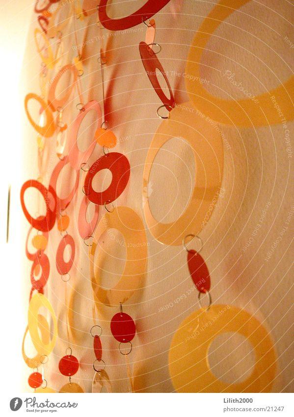 Seventies 2 rot Stil orange Design Kreis Dekoration & Verzierung Häusliches Leben Wohnzimmer Kette Siebziger Jahre