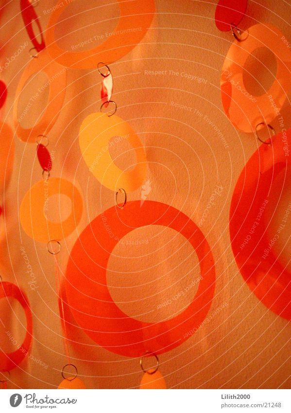 Seventies 1 rot Stil orange Dekoration & Verzierung Häusliches Leben Statue Wohnzimmer Kette Siebziger Jahre