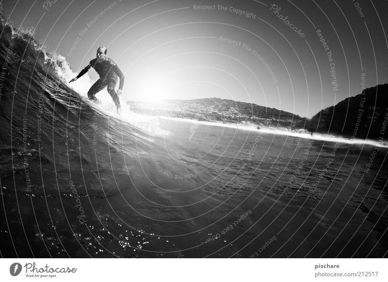 ...surfing! Himmel Wasser Jugendliche Sommer Freude Meer Sport Küste Gesundheit Wellen maskulin ästhetisch Lifestyle Coolness außergewöhnlich Leidenschaft