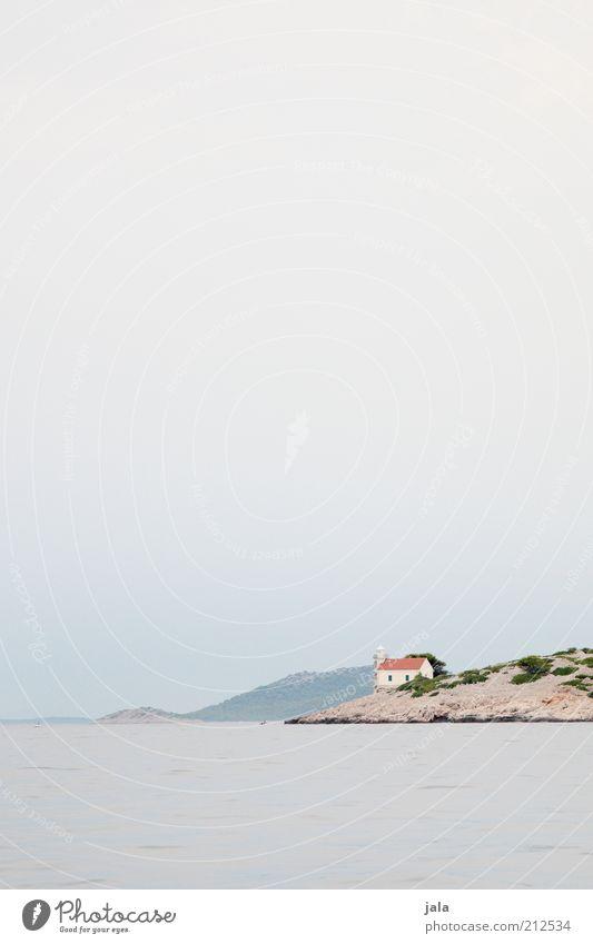 artless Himmel Baum Meer Pflanze Ferien & Urlaub & Reisen Ferne Freiheit Gebäude Landschaft hell Küste groß frei Felsen Insel Kirche