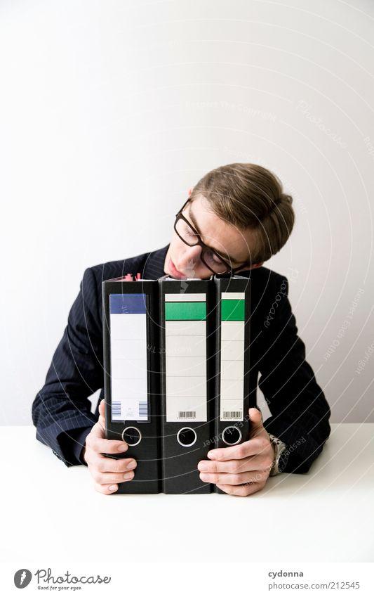 Traumjob Mensch Mann ruhig Erholung Leben Büro Erwachsene träumen Business Arbeit & Erwerbstätigkeit Zeit schlafen maskulin Lifestyle Pause Bildung