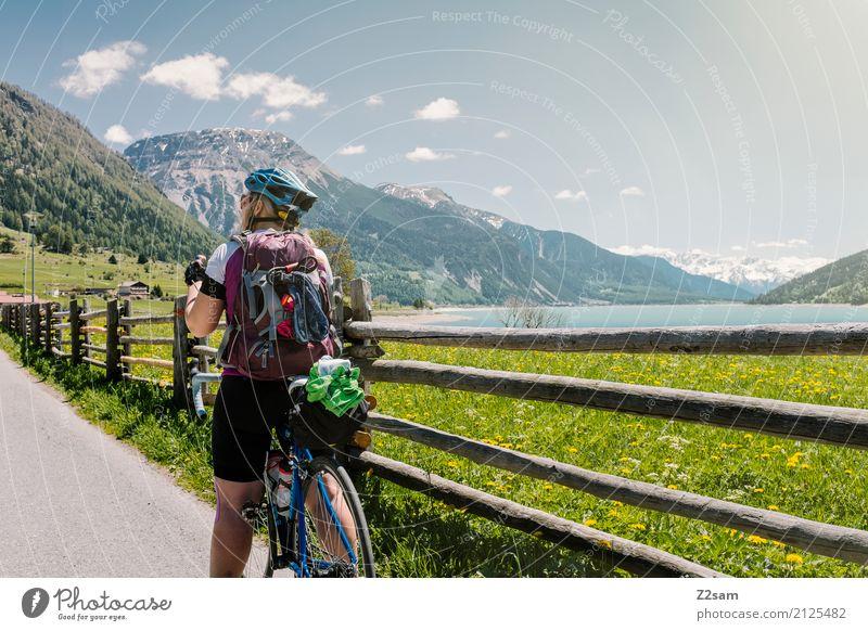 erstmal pause Freizeit & Hobby Ferien & Urlaub & Reisen Fahrradtour Sommerurlaub Fahrradfahren Junge Frau Jugendliche 18-30 Jahre Erwachsene Natur Landschaft