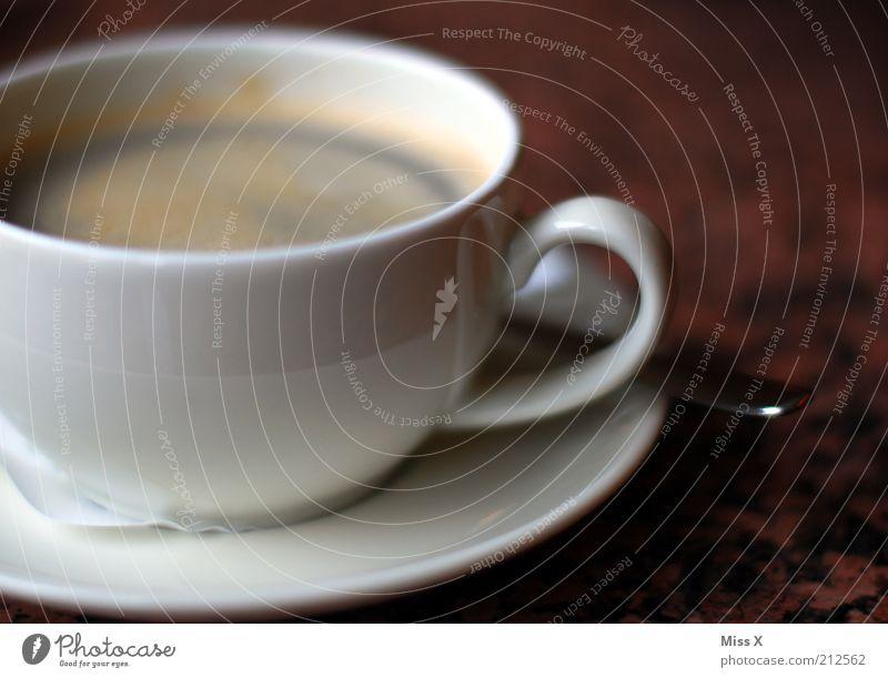 Spaghetti, Eis und einen Kaffee Lebensmittel Kaffeetrinken Getränk Heißgetränk Tasse Löffel Duft heiß lecker Kaffeetasse Kaffeepause Koffein Farbfoto