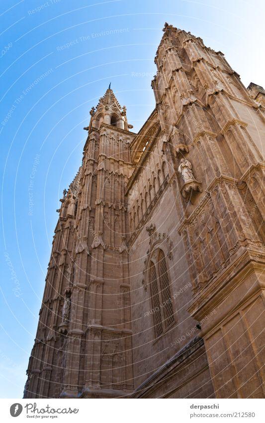 cathedral alt blau Gebäude braun Architektur Kirche Bauwerk Mallorca Spanien Sehenswürdigkeit Palma de Mallorca