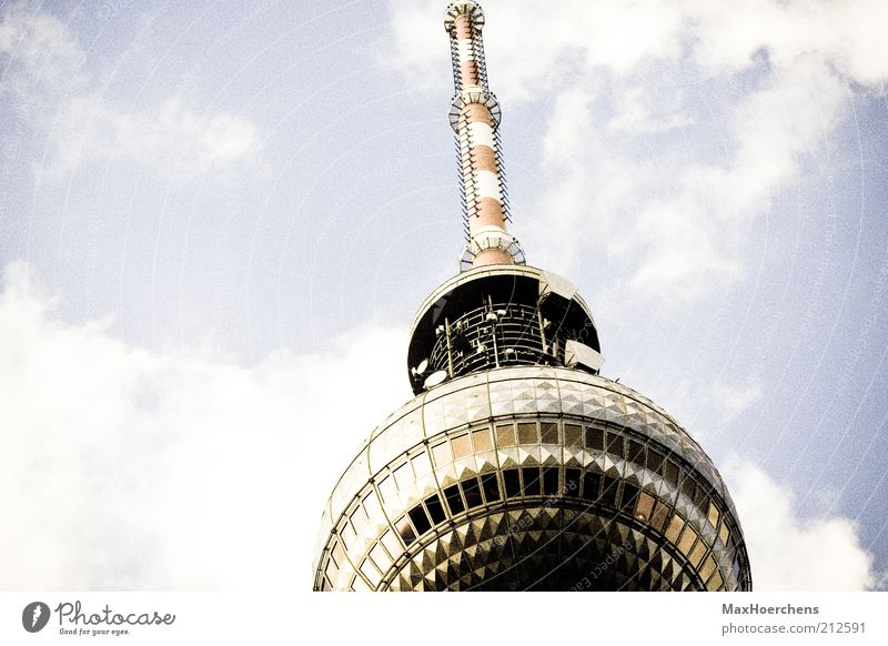 360 Himmel Wolken Berlin Deutschland Europa Turm Spitze Wahrzeichen Berlin-Mitte Berliner Fernsehturm Sehenswürdigkeit Alexanderplatz Reflexion & Spiegelung