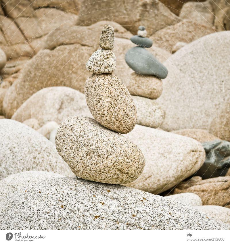 balance Natur Urelemente Felsen Stein hoch rund Sauberkeit braun standhaft Erholung Zufriedenheit Konzentration Schwerpunkt stagnierend Ferien & Urlaub & Reisen