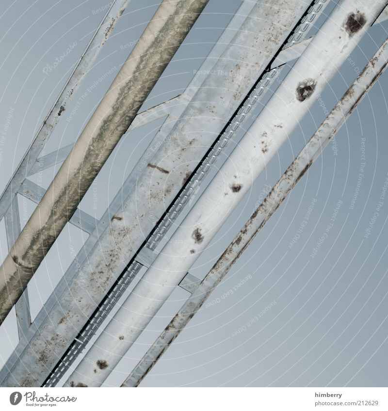 connected Himmel Design Energie Industrie Energiewirtschaft Zukunft Technik & Technologie Güterverkehr & Logistik Industriefotografie Fabrik Baustelle Verbindung Röhren Rost Maschine Konstruktion