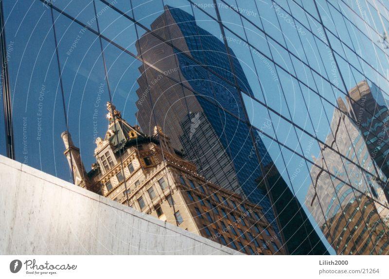 Manhattan ist ein Spiegel Fenster Architektur New York City
