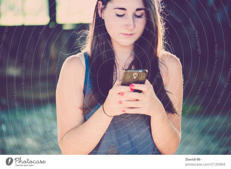 whatsapp Mensch Frau Jugendliche Junge Frau schön 18-30 Jahre Erwachsene Leben Gesundheit feminin Freizeit & Hobby 13-18 Jahre Kommunizieren kaufen Handy