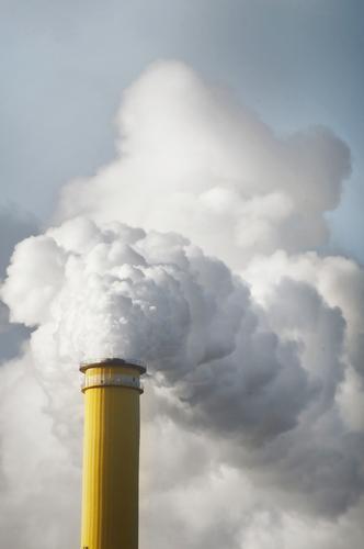 diese e-zigaretten Energiewirtschaft Industrie Heizkraftwerk Umweltverschmutzung Fernwärme Klima Klimawandel Chemnitz Schornstein Rauchen Wasserdampf