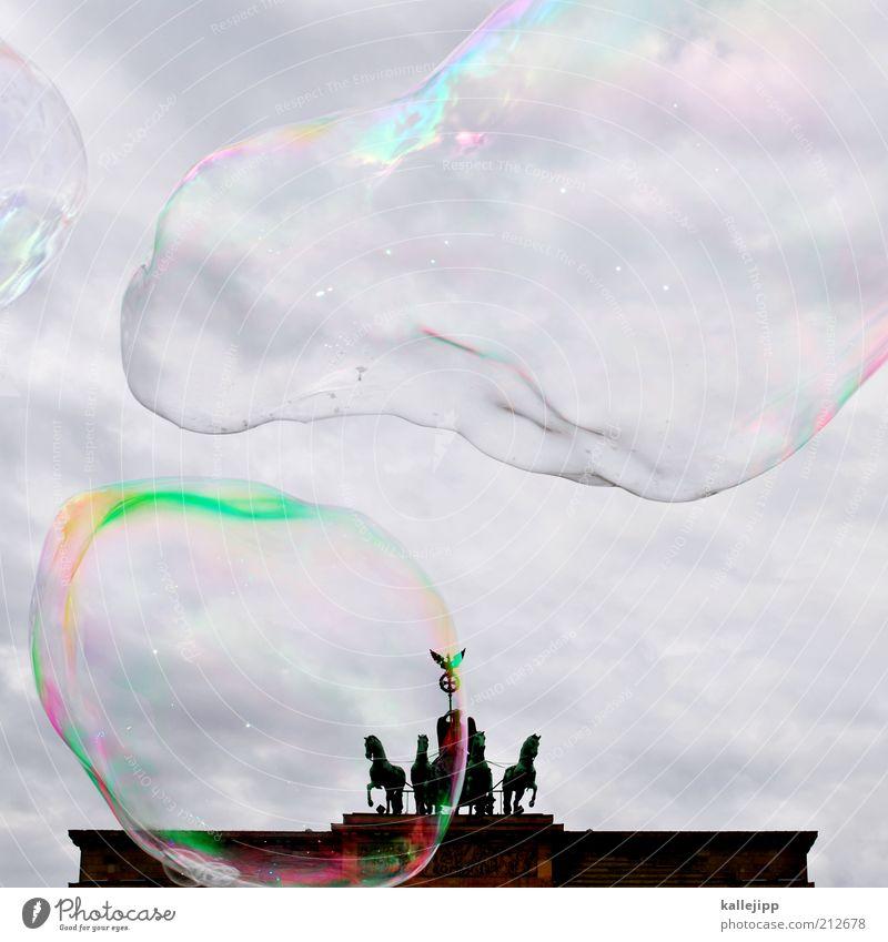das ist die berliner luft Umwelt Luft Himmel Wetter Sehenswürdigkeit Wahrzeichen Pferd 4 Tier Tiergruppe Brandenburger Tor Seifenblase Quadriga Politik & Staat