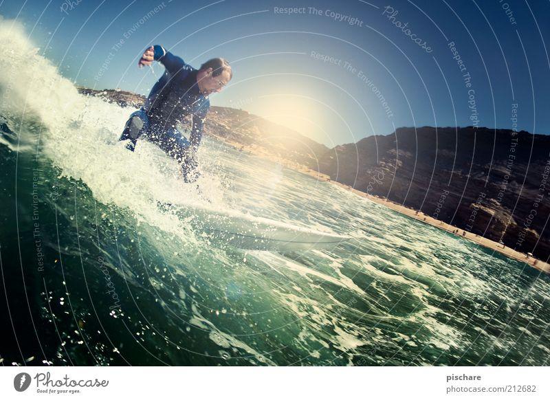 top turn Lifestyle Freizeit & Hobby Wassersport maskulin Mann Erwachsene Urelemente Wassertropfen Sommer Schönes Wetter Wellen Küste Meer Bewegung Sport