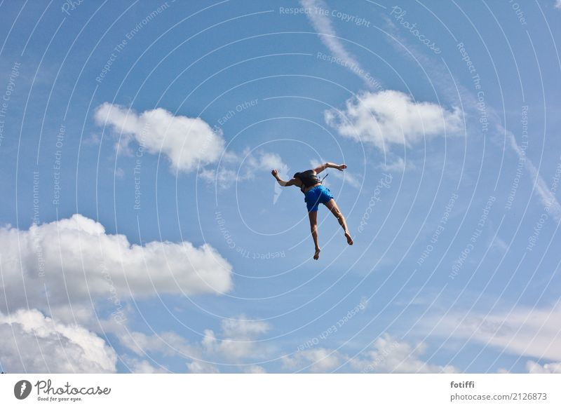 fly guy 1 Mensch maskulin Schwimmen & Baden fliegen frei Schwerelosigkeit Außenaufnahme