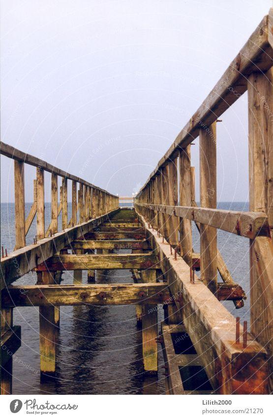 Weg zum Horizont Meer Strand Holz Steg Ostsee Wasser