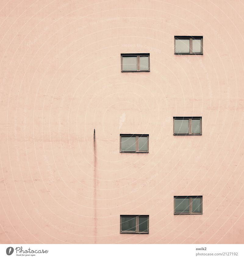 Sixpack Haus Fenster Wand Gebäude Mauer oben Fassade rosa Hochhaus groß hoch einfach Rost eckig Plattenbau Schliere