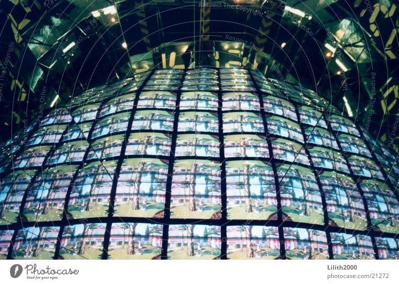 Visual Overload Wand Musik Medien Fernseher Fernsehen London Video England