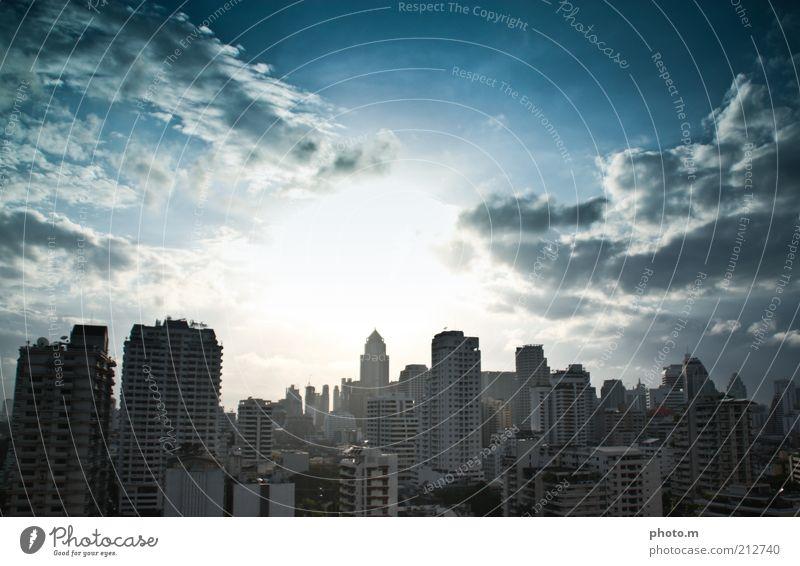Skyline Sonne Stadt Sommer Wolken Architektur Hochhaus Thailand Blauer Himmel Gebäude Bangkok überbevölkert