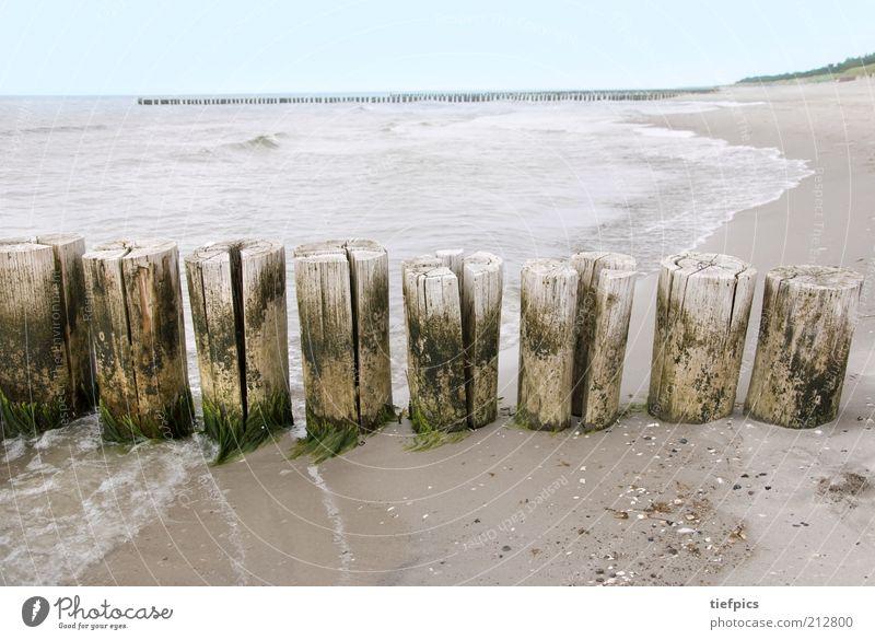 ostsee. Wasser Meer blau Sommer Strand Ferien & Urlaub & Reisen Wolken Ferne Holz Traurigkeit Sand Küste Wellen Deutschland Romantik wild