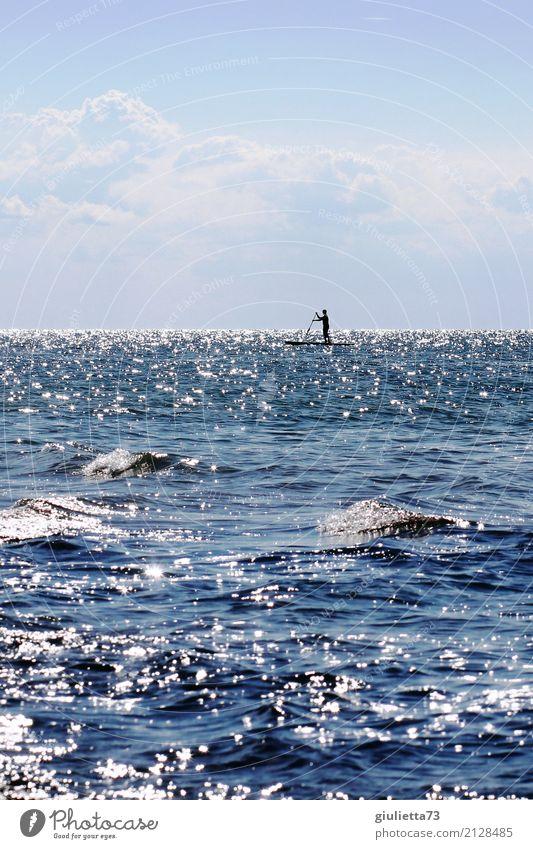 Transzendenz | Ein Teil von Allem Mensch Himmel Jugendliche Mann Wasser Meer Ferne 18-30 Jahre Erwachsene Leben Religion & Glaube Sport Zufriedenheit maskulin